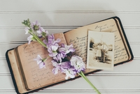 Photo: handwritten diary with old picture of a couple; LIFEtool research project Sharing Stories, Sharing Life